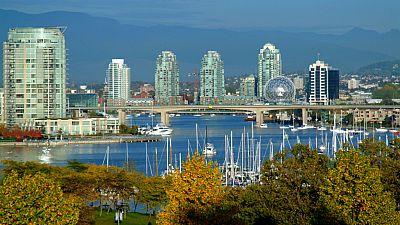País por país - Vancouver - Escuchar ahora