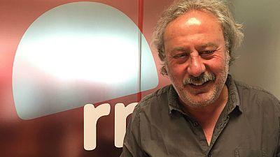 Las mañanas de RNE - Julio Llamazares publica 'El viaje de don Quijote' - Escuchar ahora