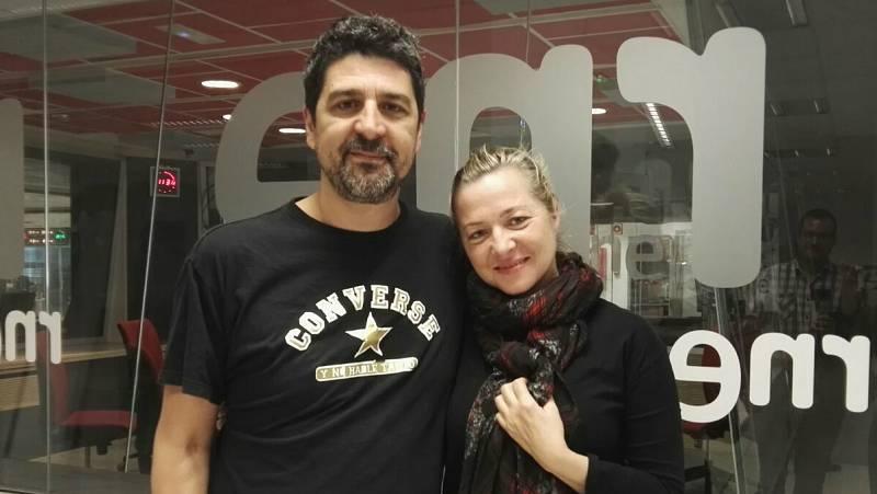 Las cuñas de RNE - De vecinos de arriba con Pilar Castro y Cesc Gay, parejas imposibles y productores que lo hacen sin dolor, como Miguel Cuerdo - 28/05/16 - Escuchar ahora