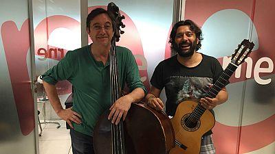Las mañanas de RNE - Josemi Carmona y Javier Colina, dos músicos 'De cerca' - Escuchar ahora