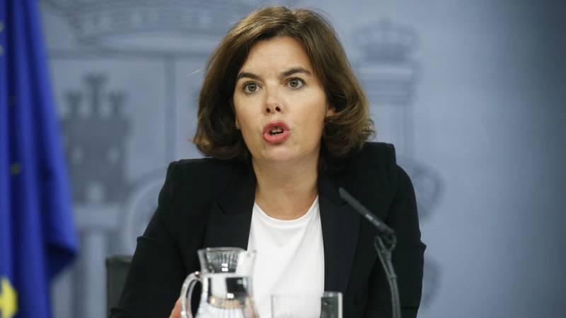 """Las mañanas de RNE - Soraya Sáenz de Santamaría: """"El nivel de alerta 4 es muy intenso, pero que se tomarán las medidas que los expertos recomienden"""" - Escuchar ahora"""