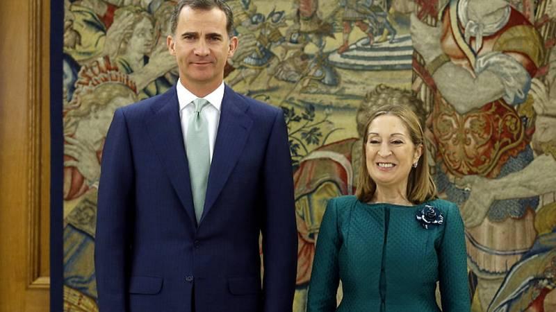 Boletines RNE - Ana Pastor comunica oficialmente a Felipe VI la composición del Parlamento - Escuchar ahora