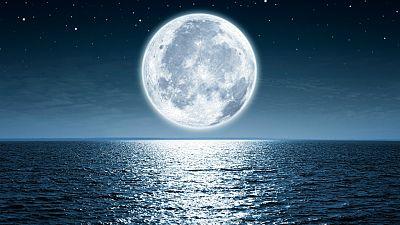 Vida de artista - Viaje a la Luna - Escuchar ahora
