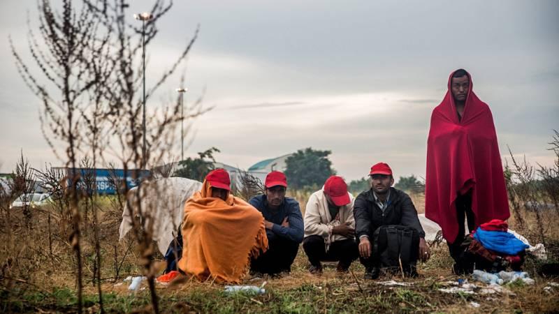 Esto me suena. Las tardes del Ciudadano García - Cómo se atiende y ayuda a los refugiados en España - Escuchar ahora