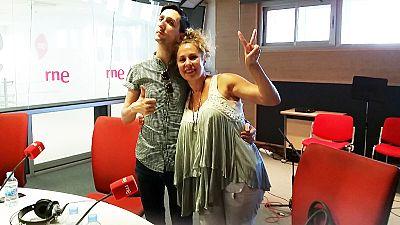 Las mañanas de RNE - Miriam Díaz-Aroca y Mario Alberto Díez, de gira con 'Lavar, marcar y enterrar' - Escuchar ahora