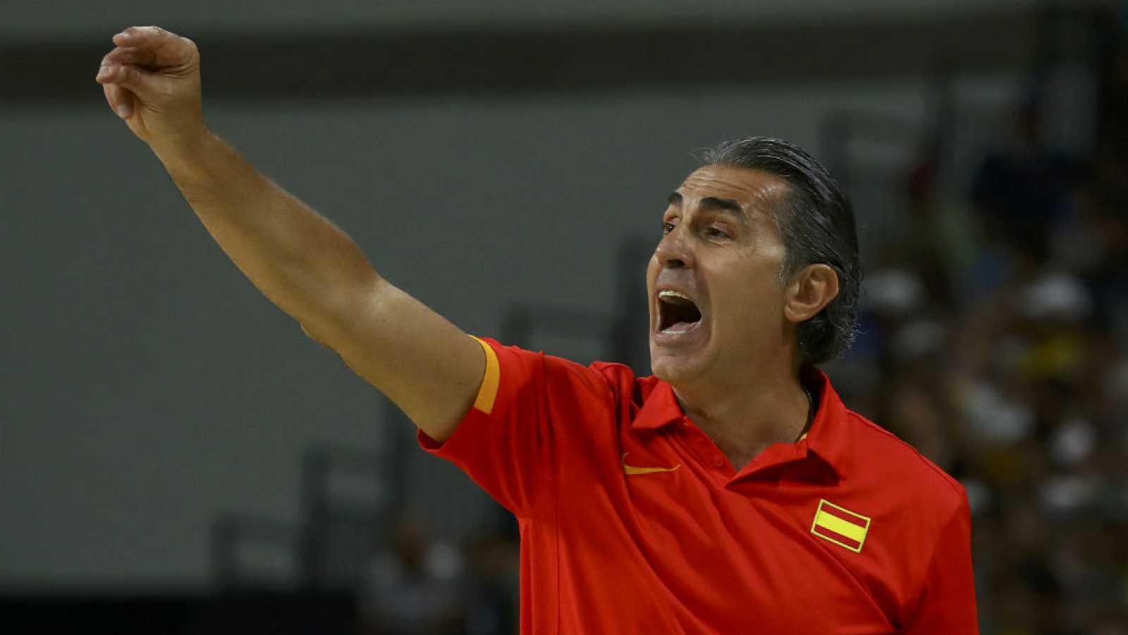 Boletines RNE - Río 2016 - Scariolo, el entrenador de nuestra selección con un gran palmarés - 18/08/16 - Escuchar ahora