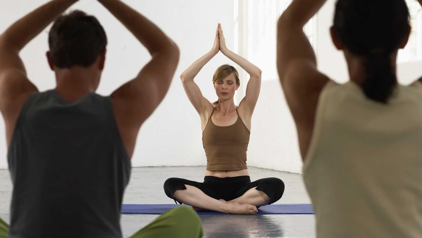En la calle, alguien - Las ventajas del yoga para las personas sin hogar - 25/08/16 - Escuchar ahora