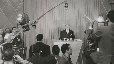 Memoria de delfín - TVE, 1956-2016: 60 años de ilusión - 31/10/16 - escuchar ahora