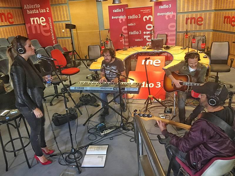 """Las mañanas de RNE - La Oreja de Van Gogh interpreta en directo """"Verano"""" - Escuchar ahora"""