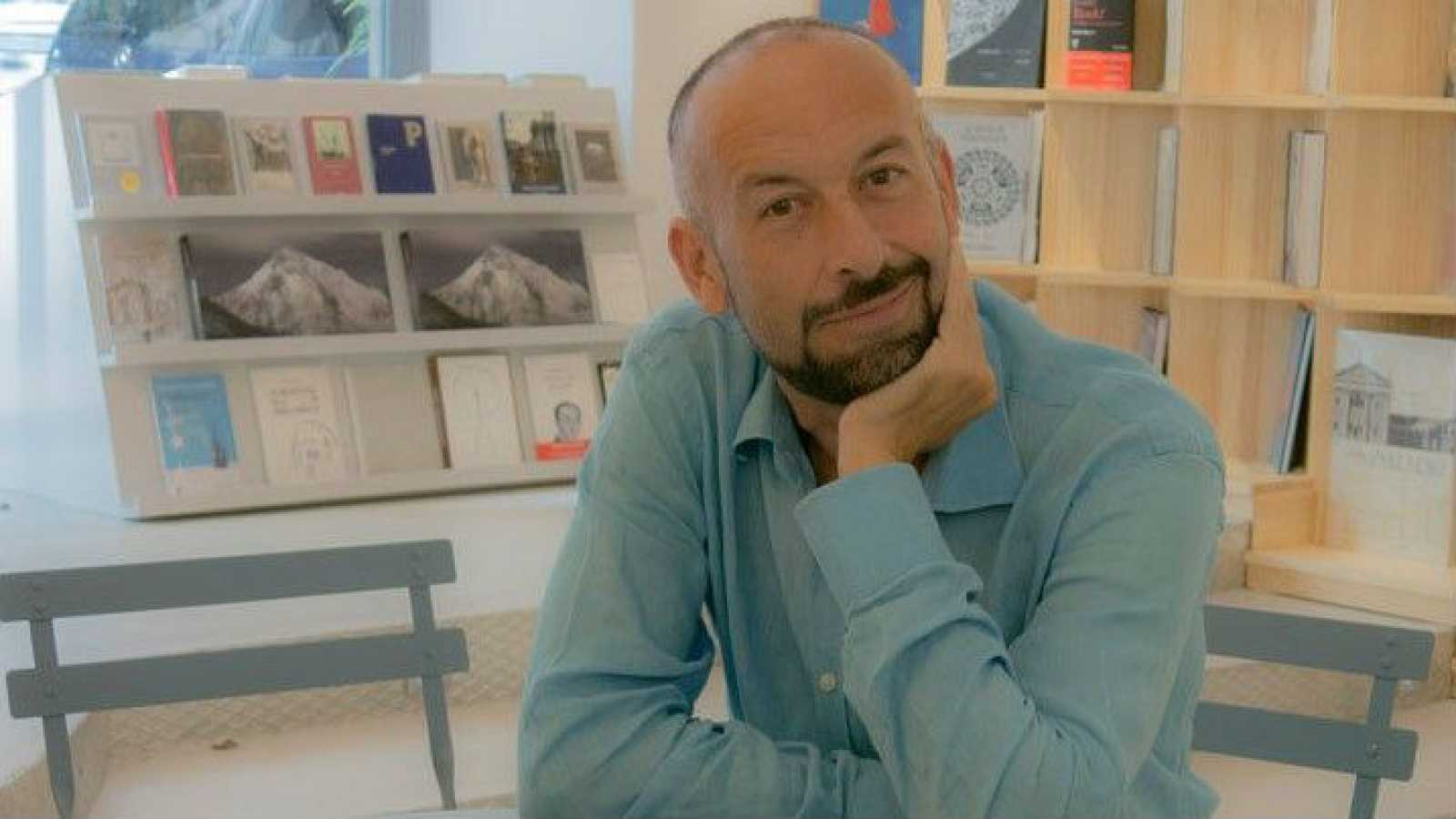 Libros de arena -  Juegos de empeño y rendición, con Javier Expósito Lorenzo - 19/11/16 - Escuchar ahora