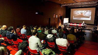 En primera persona - Las salas de cine independiente agonizan. Un sector en crisis que no remonta - 22/11/16 - escuchar ahora