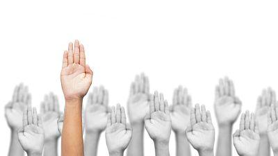 Miradas al exterior - Día Internacional de los Voluntarios para el Desarrollo Económico y Social - 05/12/16 - Escuchar ahora