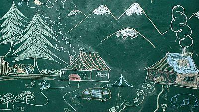 """De lo más natural - """"Para educar a un niño hace falta la tribu entera"""" - 18/12/16 - escuchar ahora"""