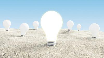 5 minutos con OCU - Cómo ahorrar en la factura de la luz - 02/03/17 - Escuchar ahora