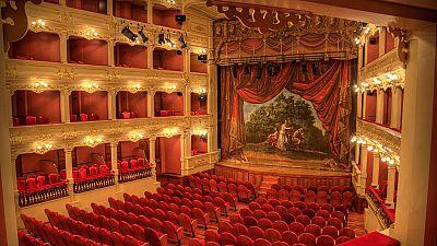 Las mañanas de RNE - Mahón, el escenario más antigüo de la ópera en España - Escuchar ahora
