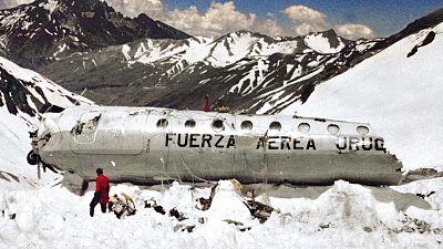 Las mañanas de RNE - 'Tenía que sobrevivir', el libro de uno de los supervivientes de la tragedia de los Andes - Escuchar ahora