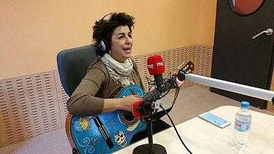 Las mañanas de RNE - Amparo Sánchez vuelve como Amparanoia por los 20 años de 'El poder de Machín' - Escuchar ahora