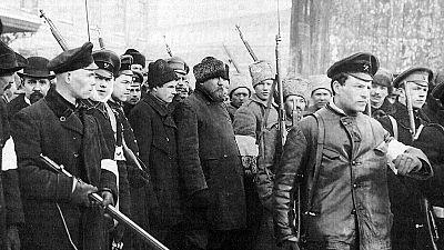 Las mañanas de RNE - Julián Casanova desmonta los mitos de la revolución rusa en su último libro - Escuchar ahora