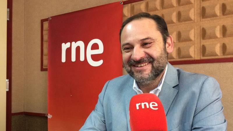 Radio 5 Actualidad - Ábalos aboga por buscar un nuevo encaje para Cataluña desde la política - Escuchar ahora