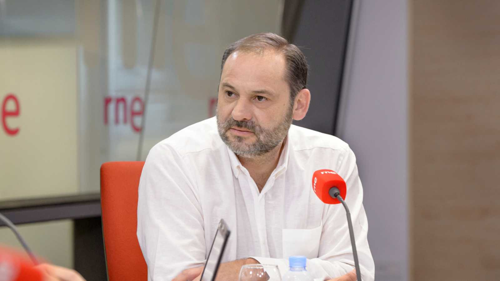 Las mañanas de RNE - Ábalos dice que Sánchez ha primado la confianza a la integración - Escuchar ahora