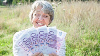 Diez minutos bien empleados - ¿Cotizar uno mismo para salvar la pensión? - 10/07/17  - Escuchar ahora