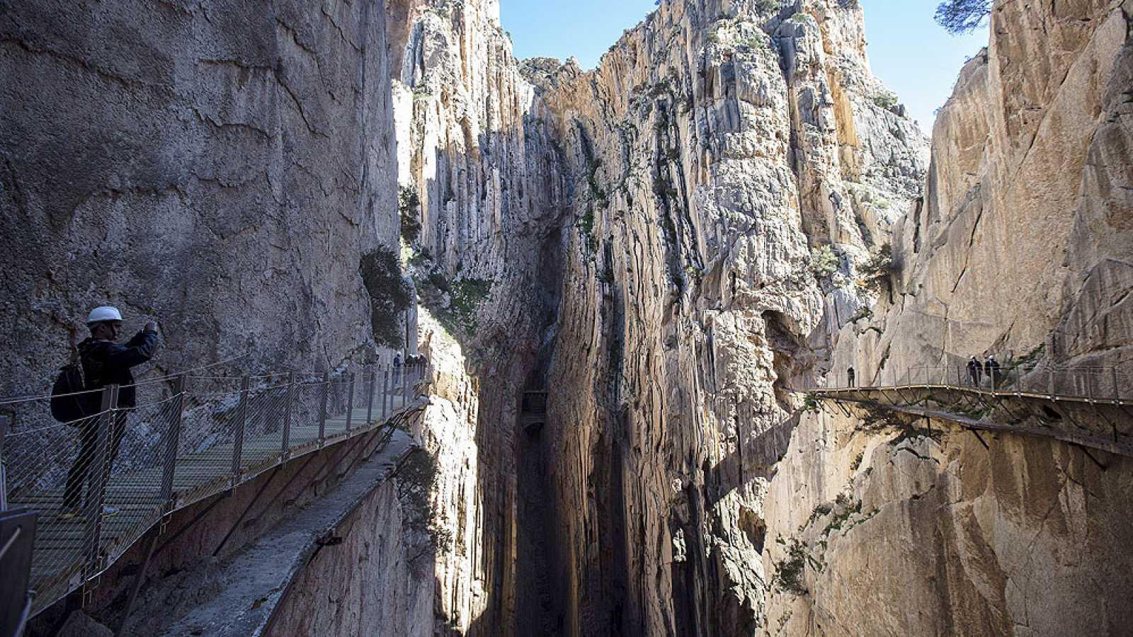 Marca España - Viajamos a Málaga y recorremos el Caminito del Rey - 11/07/17 - escuchar ahora