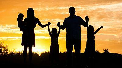 De lo más natural - ¿Padres solo hay unos? - 16/07/17 - escuchar ahora