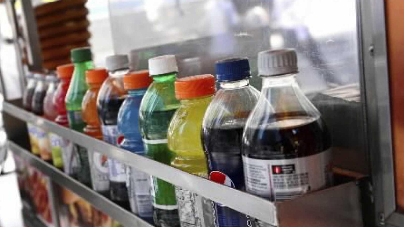 Vademécum en Radio 5 - Es urgente evitar las bebidas azucaradas - 18/07/17 - Escuchar ahora