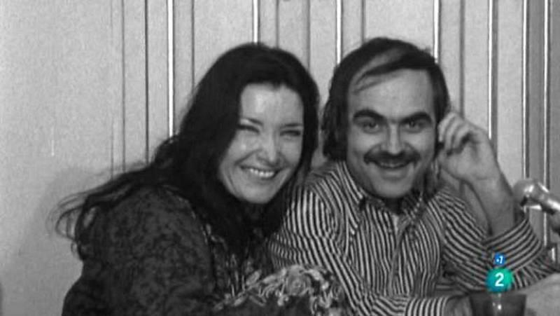 Rendimos un homenaje a Terenci Moix. Intervienen su hermana Ana María Moix, el crítico cinematográfico Roman Gubern y la actriz Nuria Espert (14/02/09).