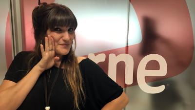 """Rozalén interpreta en exclusiva """"Justo"""" en 'Las mañanas de RNE' - Escuchar ahora"""