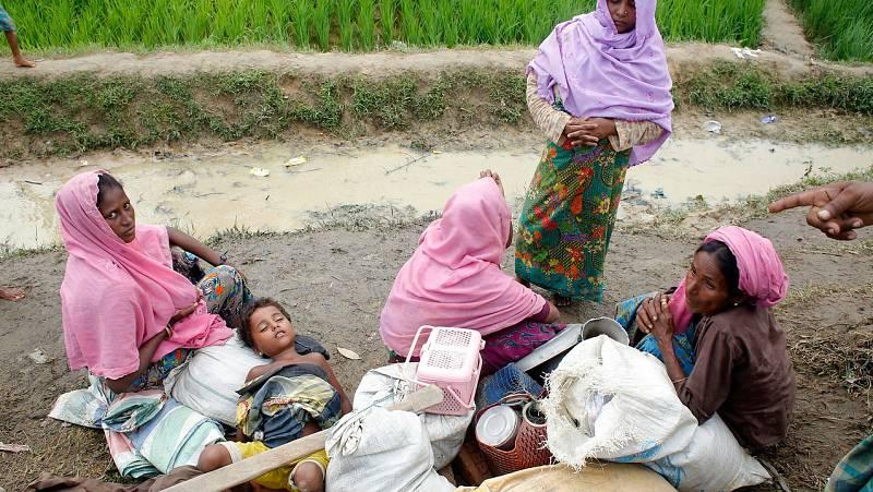Los rohinyás huyen de la violencia  en Birmania - Escuchar ahora