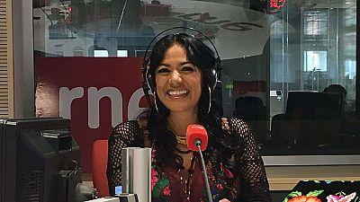 Las mañanas de RNE - Lila Downs dedica 'Salón, lagrimas y deseo' a las mujeres empoderadas - Escuchar ahora