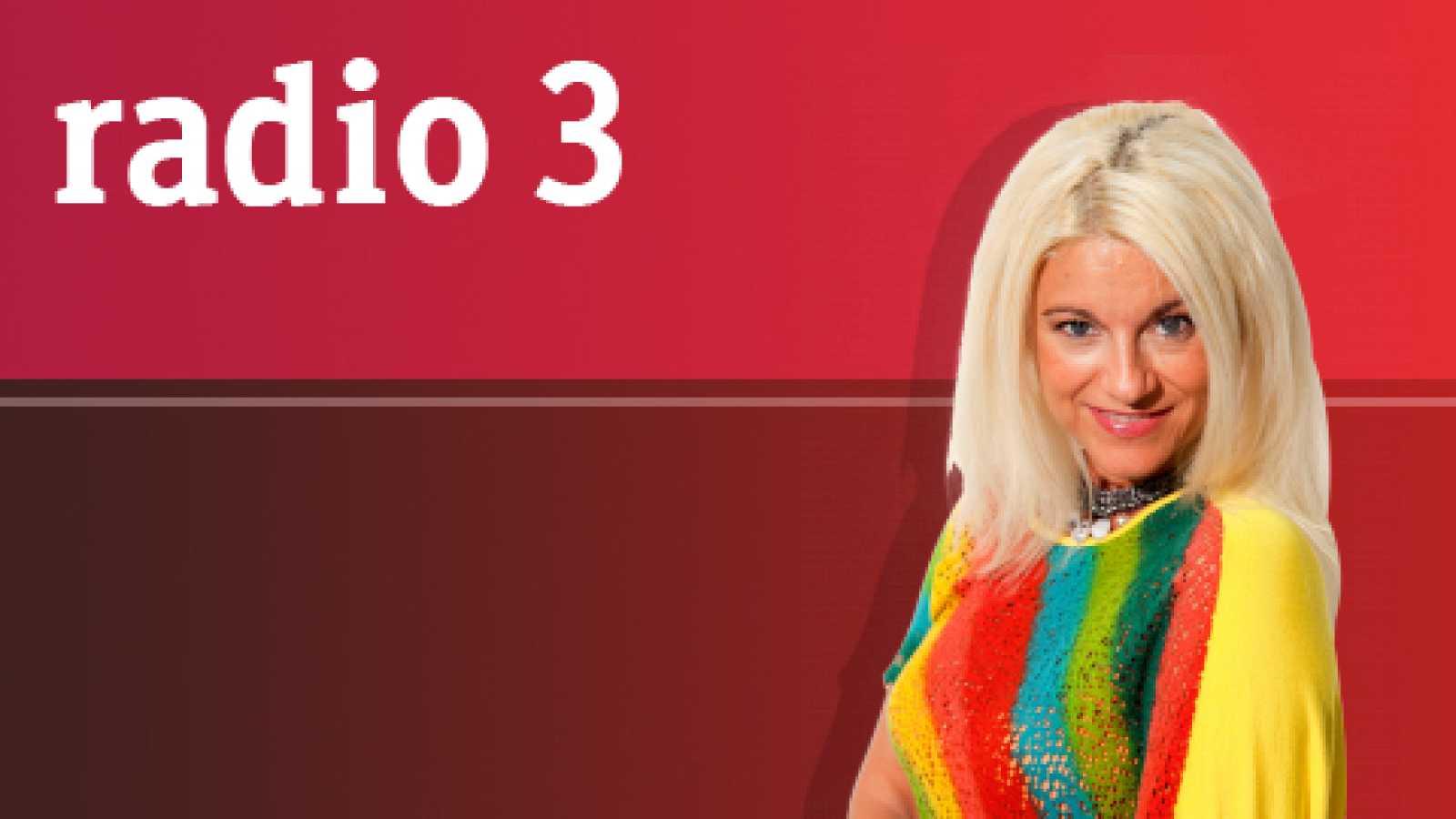 "Atmósfera - ADDICTIVE TV presentan ""Orchestra Of Samples"" - 24/09/17 - escuchar ahora"