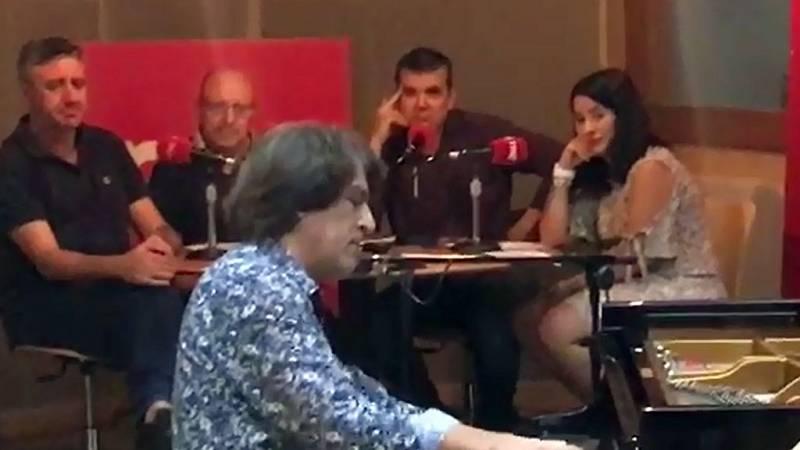 """Dorantes interpreta en directo """"Batir de alas"""", un tema dedicado a su madre - Escuchar ahora"""