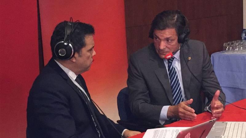 """Las mañanas de RNE - Javier Fernández cree que la posición de Pedro Sánchez es la """"correcta"""" - Escuchar ahora"""