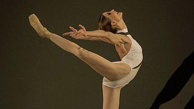 Diario de las 2 - La bailarina Alicia Amatriain, Premio El Ojo Crítico de RNE de Danza - Escuchar ahora