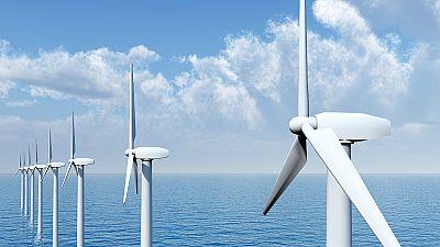 Diez minutos bien empleados - La fuerza del viento en el mar: ¿oportunidad verde para el mercado laboral? - 27/11/17 - Escuchar ahora