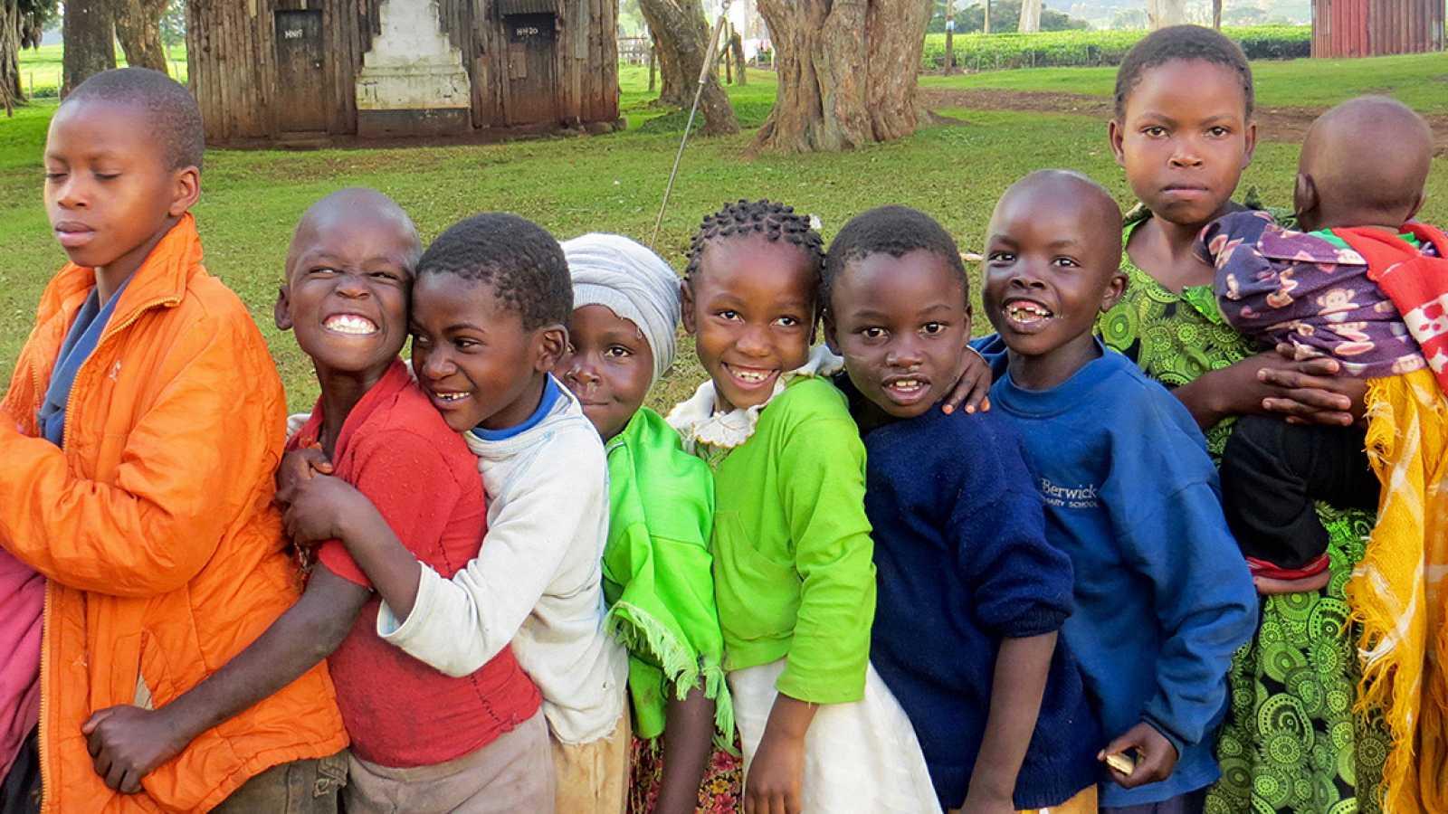 Punto de enlace - Karibu Sana trabaja por la educación de los niños en Kenia - 27/11/17 - escuchar ahora
