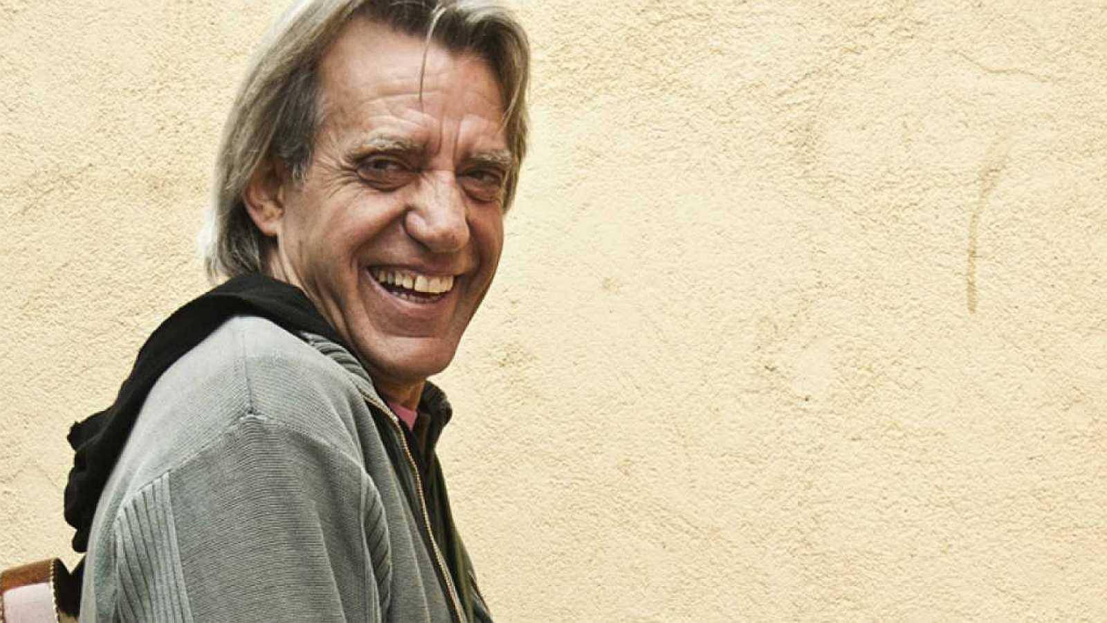 España vuelta y vuelta - '¿Qué fue de los cantautores?': las memorias en verso de Luis Pastor - 14/12/17 - Escuchar ahora
