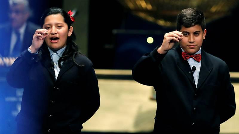 """Lotería Navidad - Daniela, ha cantado el Gordo: """"Espero que estén contentos y felices con el premio"""" - Escuchar ahora"""