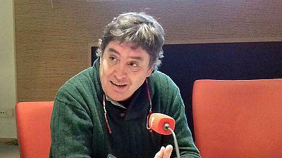 """Las mañanas de RNE - Luis García Montero: """"'A puerta cerrada' necesitaba meditación, conocimiento y pensarse las cosas dos veces"""" - Escuchar ahora"""