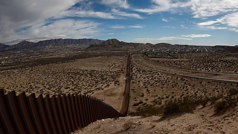 """""""Nadie puede cruzar la frontera entre EE.UU. y México sin pagar"""""""