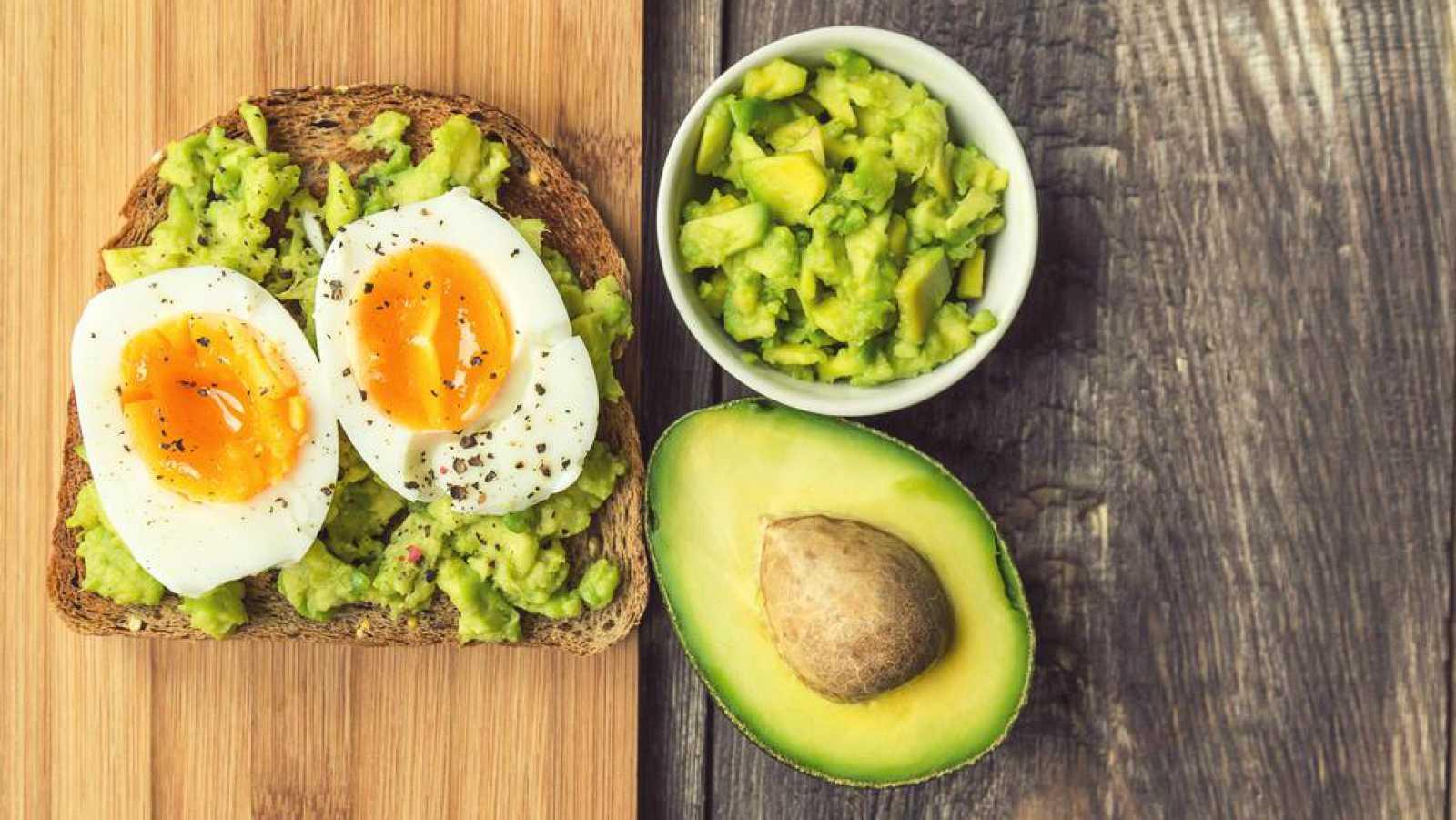 No es un día cualquiera - El desayuno - Escuchar ahora