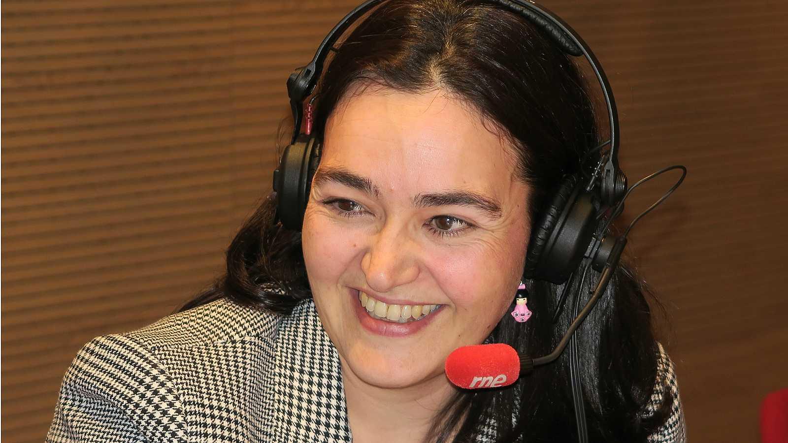 No es un día cualquiera - Entrevista a Elvira Valgañón - Escuchar ahora