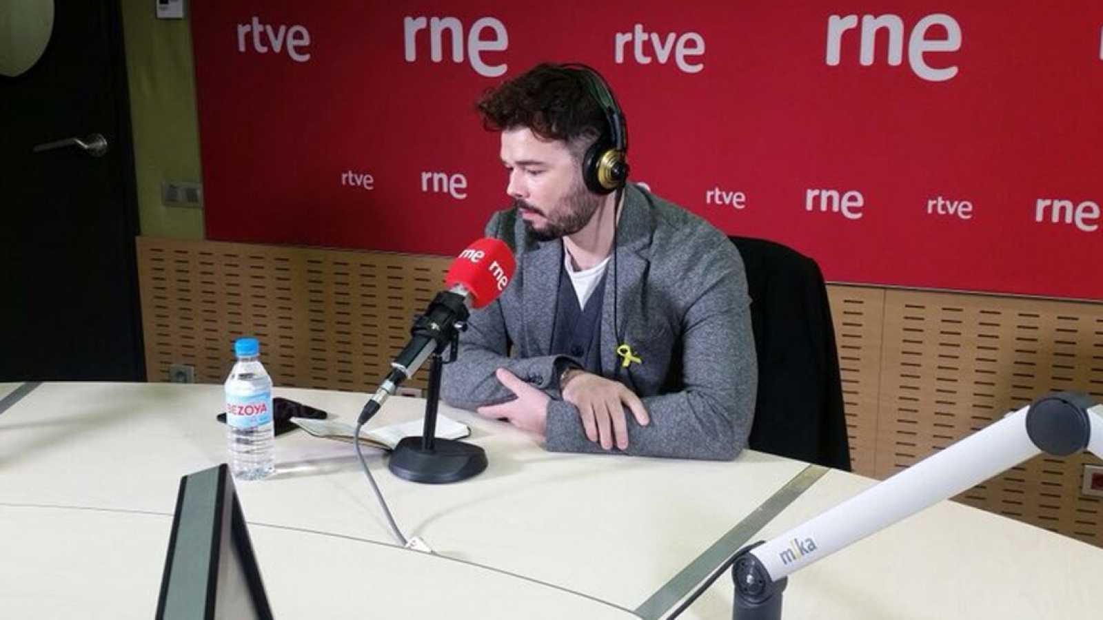 """Las mañanas de RNE - Rufián (ERC): """"Intentan ganar con policía y jueces lo que perdieron en las urnas"""" - Escuchar ahora"""
