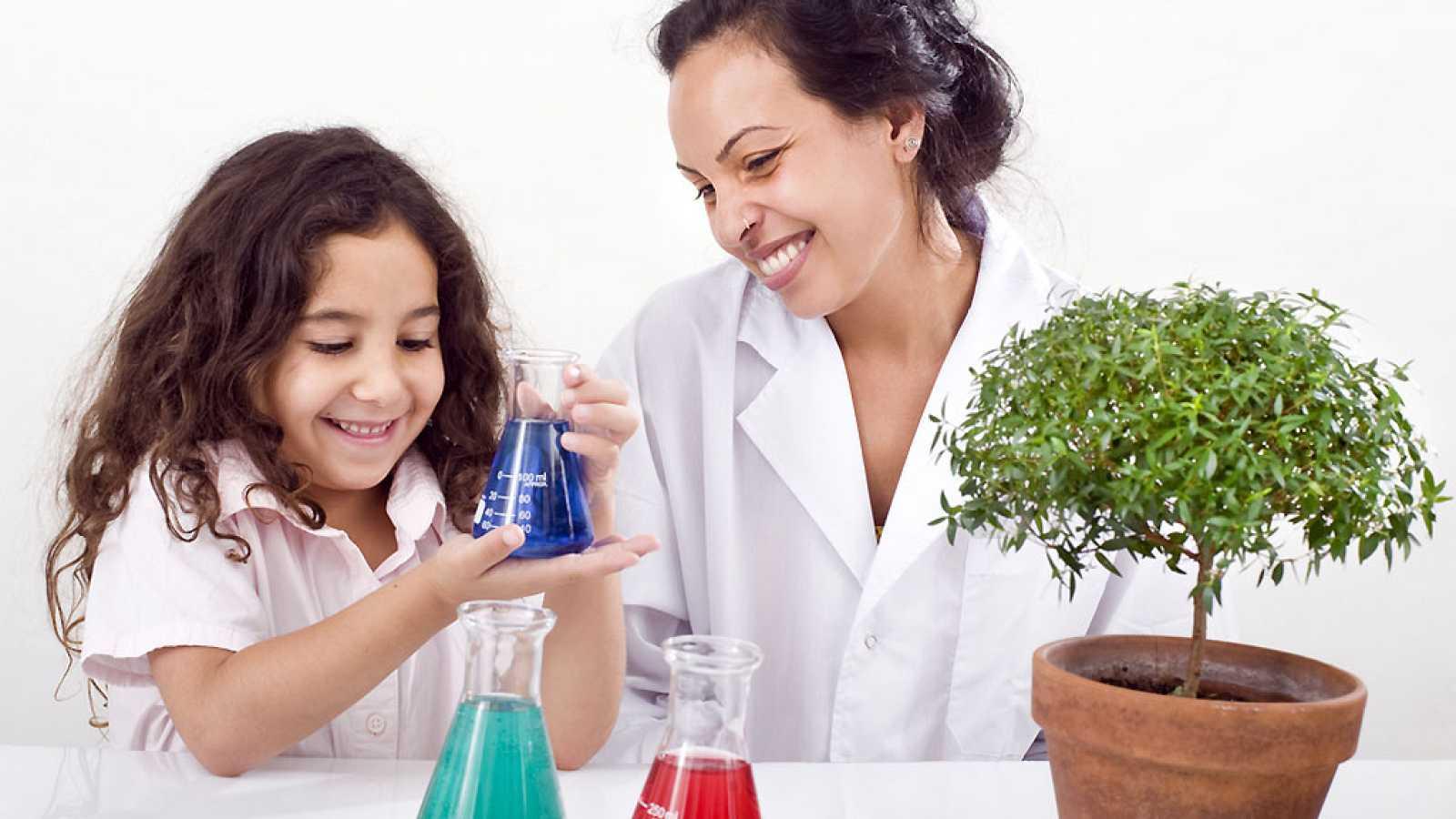11 de febrero, Día Internacional de la Niña en Ciencia - Escuchad ahora