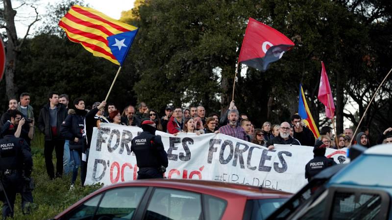 Boletines RNE - Rajoy defiende la actuación de los mossos frente a los CDR - Escuchar ahora