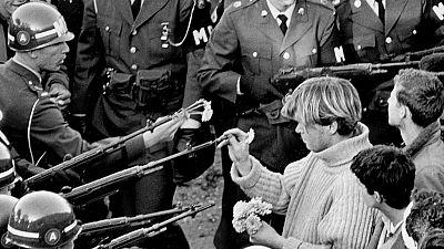 Reportajes en R5 - Aniversario de la Revolución de los Claveles - 25/04/18 - Escuchar ahora