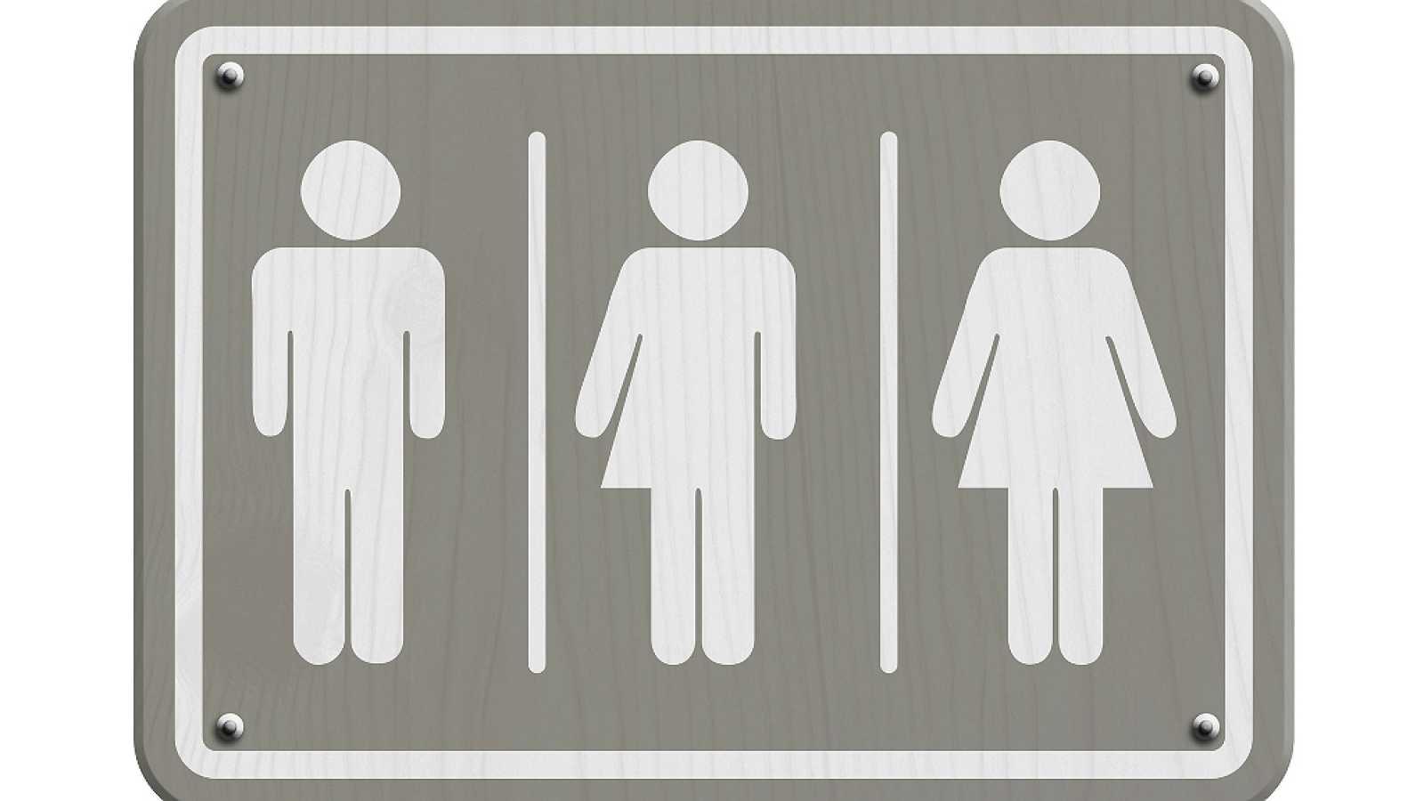 Cita previa en R5 - ¿El implante de mama, necesario en la mujer transexual? Dr. Jesús Torres - 27/04/18 - escuchar ahora