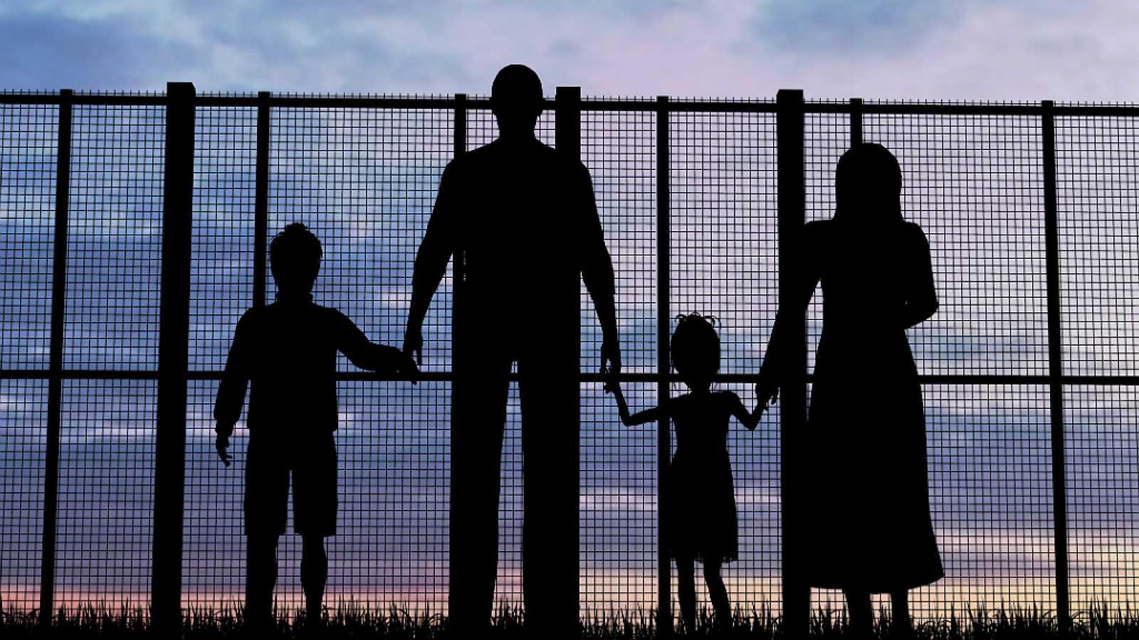 La ley es la ley - ¿Necesitan los inmigrantes ciertos requisitos para entrar en España? - 04/05/18 - Escuchar ahora